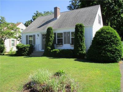 Branford Single Family Home For Sale: 5 McKinnel Court