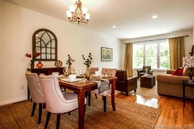 Brookfield Condo/Townhouse For Sale: 1 Oak Meadow Drive #101