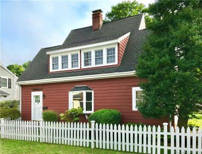 Darien Single Family Home For Sale: 19 Park Lane