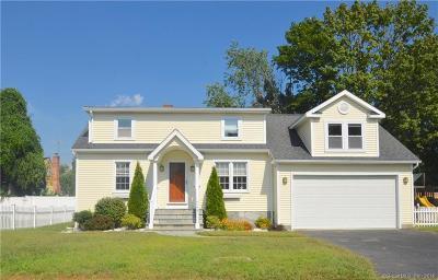 Fairfield Single Family Home For Sale: 121 Alden Street
