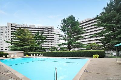 Bridgeport Condo/Townhouse For Sale: 3200 Park Avenue #5E1