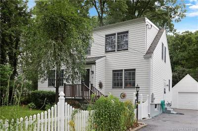 Darien Single Family Home For Sale: 4 Moore Street