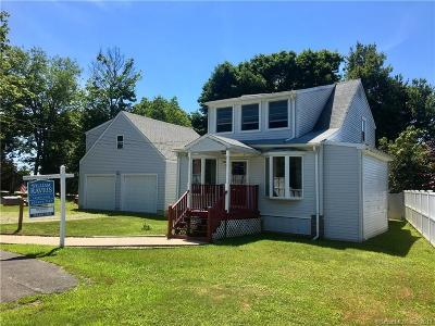 Milford CT Single Family Home For Sale: $265,000