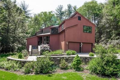 Simsbury Single Family Home For Sale: 15 Cedar Glen Road