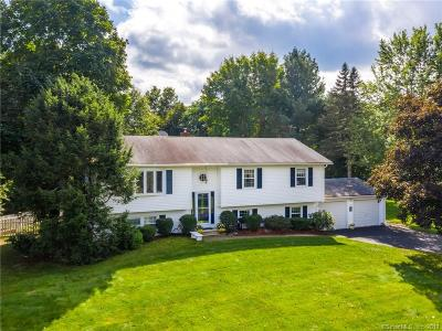 Cheshire Single Family Home For Sale: 93 Eastgate Drive