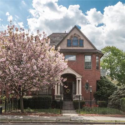 Hartford Single Family Home For Sale: 377 Laurel Street