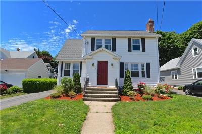 Stratford Single Family Home For Sale: 29 Parkway Drive