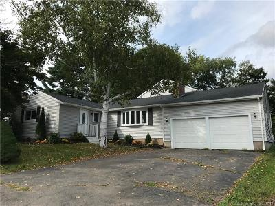 Middletown Single Family Home For Sale: 22 Highland Terrace
