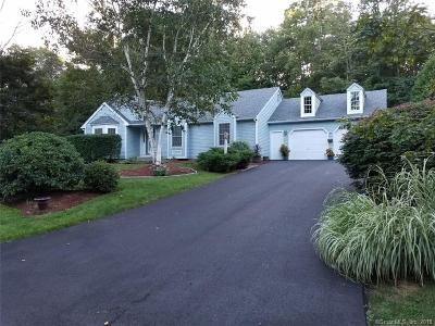 Torrington Single Family Home For Sale: 129 Oakbrook Lane