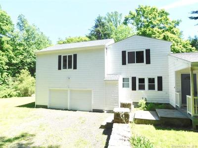 Weston Single Family Home For Sale: 9 Meadowbrook Lane