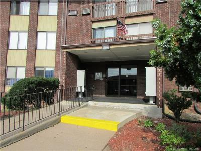 Cromwell Condo/Townhouse Show: 2308 Cromwell Hills Drive #2308