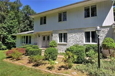 New Haven County Single Family Home For Sale: 39 Hickory Road