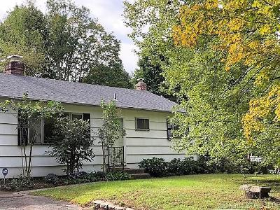 Wallingford CT Single Family Home For Sale: $229,900