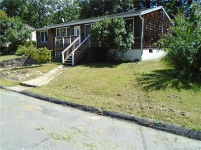 Derby CT Single Family Home For Sale: $219,900