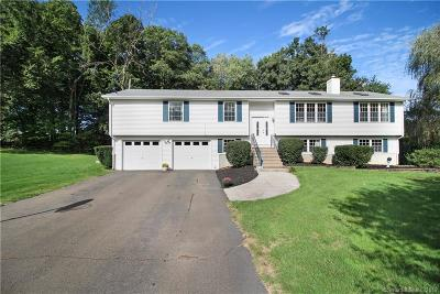 North Branford CT Single Family Home For Sale: $370,000