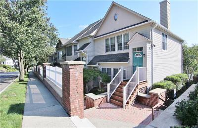 New Canaan Condo/Townhouse For Sale: 77 Locust Avenue #125