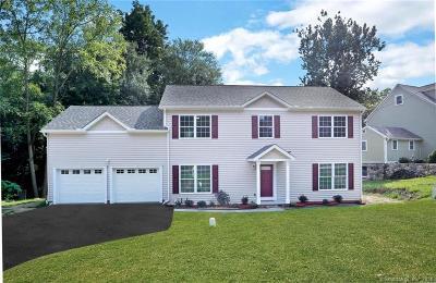 Norwalk CT Single Family Home For Sale: $669,000