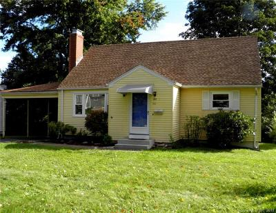 Middletown Single Family Home For Sale: 50 Bailey Road