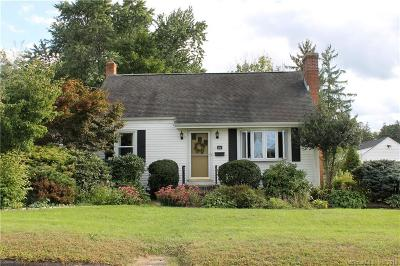 Middletown Single Family Home Show: 95 Newtown Street