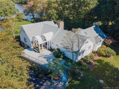 Farmington Single Family Home For Sale: 88 Woodpond Road