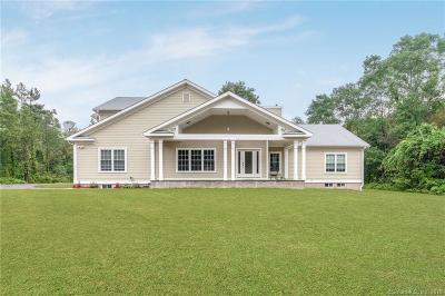 Monroe Single Family Home For Sale: 42 Cutlers Farm Road