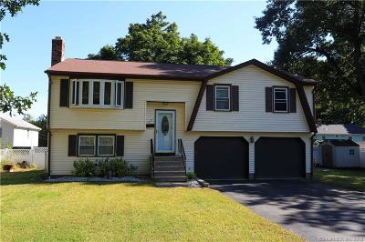 Plainville Single Family Home For Sale: 22 Young Street