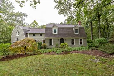 Southbury Single Family Home For Sale: 437 Bucks Hill Road