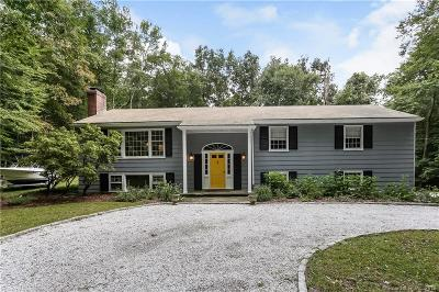 Westport Single Family Home For Sale: 13 Grays Farm Road