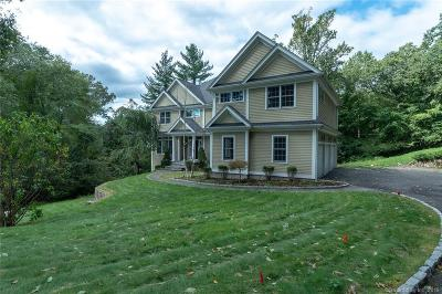 Norwalk CT Single Family Home For Sale: $930,000