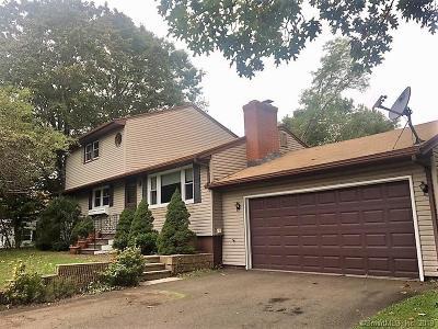 Hamden Single Family Home For Sale: 120 Heathridge Road