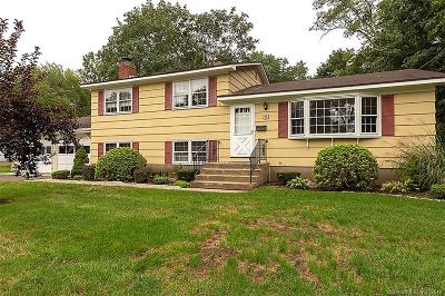 North Haven Single Family Home For Sale: 55 Larson Drive