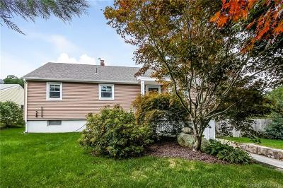 Waterford Single Family Home For Sale: 532 Boston Post Road