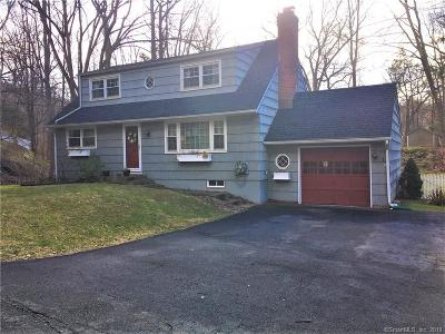 Ridgefield Single Family Home For Sale: 542 Bennetts Farm Road