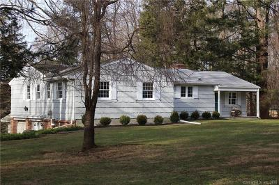 Ridgefield Single Family Home For Sale: 23 Pinecrest Drive