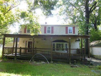 Norwalk Single Family Home For Sale: 7 Richards Lane