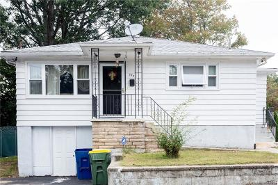 Waterbury Single Family Home For Sale: 190 Anderson Avenue