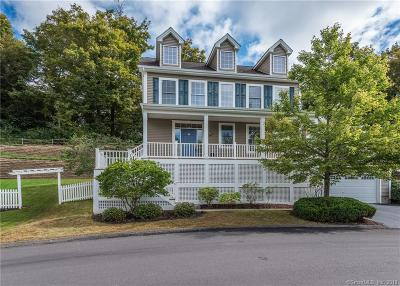 Southbury Single Family Home For Sale: 20 Traditions Boulevard #20