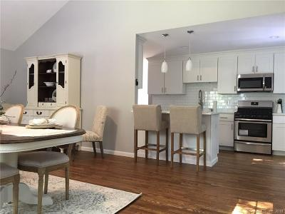 Norwalk Single Family Home For Sale: 250 Grumman Avenue