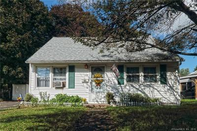 Meriden Single Family Home For Sale: 149 Glen Hills Road