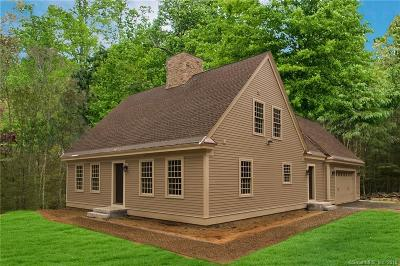 Preston Single Family Home For Sale: 7 Kimball Farm Road