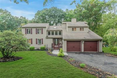 Trumbull Single Family Home For Sale: 115 Cranbury Drive
