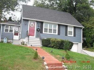 Waterbury Single Family Home For Sale: 81 Hunthill Road