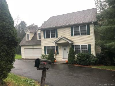 Naugatuck Single Family Home For Sale: 77 Perock Lane