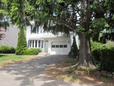 Naugatuck Single Family Home For Sale: 37 City Hill Court