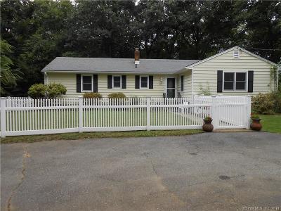 Norwalk Single Family Home For Sale: 47 Birchside Drive