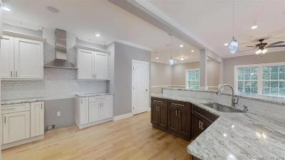 Milford Single Family Home For Sale: 46 Cedarhurst Lane