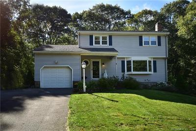 Tolland County, Windham County Single Family Home For Sale: 58 Robin Circle