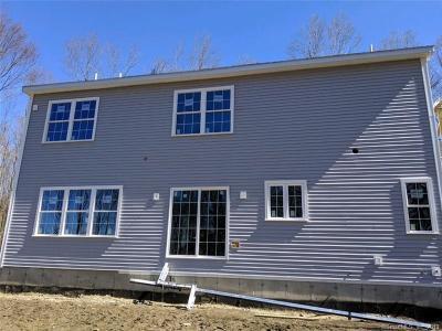 Brookfield Single Family Home For Sale: 10 High Ridge Grove