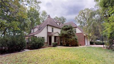 New Britain Single Family Home For Sale: 113 Ten Acre Road