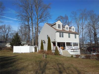 Middlefield Single Family Home For Sale: 12 Iroquois Road